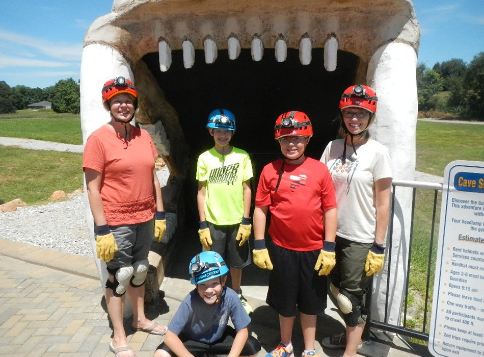Group enjoying the Sabertooth Caving Activity